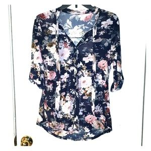 🌺 2 for $12 or 3 for $14 Siren Lily Blouse